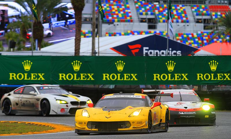 Rolex17_03721-#3-Vette-#911Porsche-#19BMW.jpg