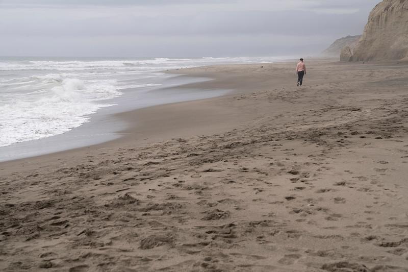 ocean beach quarantine 1228705-30-20.jpg