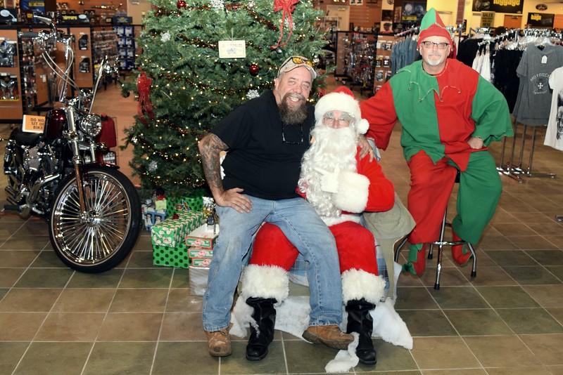 2014 Santa Visits J&P Cycles Florida Superstore (56).JPG