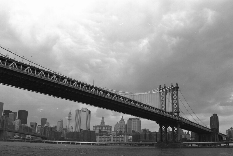 The Manhattan Bridge  *All images are available for download*  Check out the shopping cart...  The symbol '©' on the photos DOES NOT PRINT.