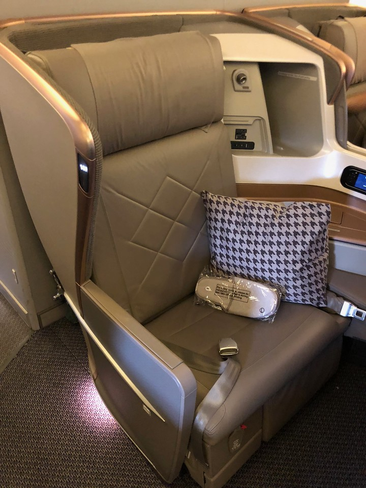 Singapore Airlines Business Class 2013 J Version