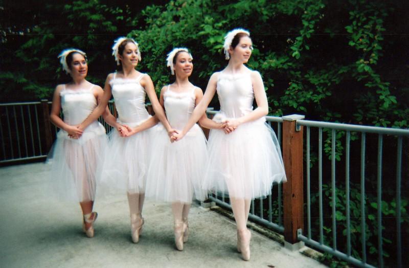 Dance_2319_a.jpg