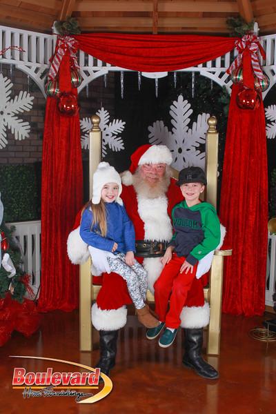 Santa 12-10-16-97.jpg