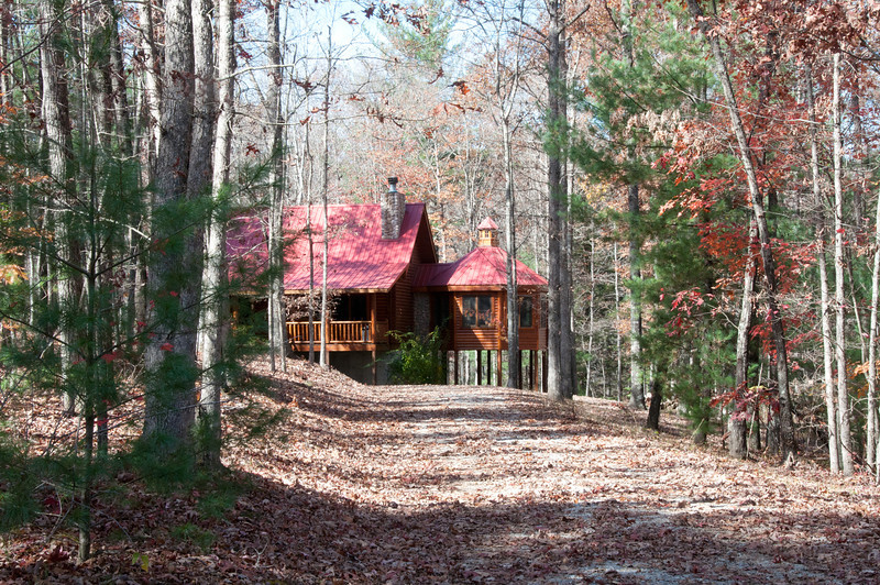 Cute cabins all around the area
