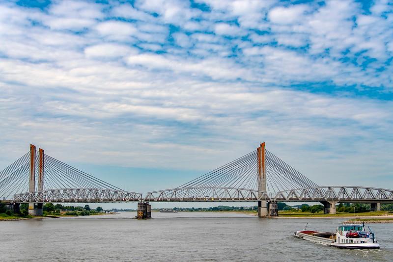 Bridge_Rhine-1.jpg