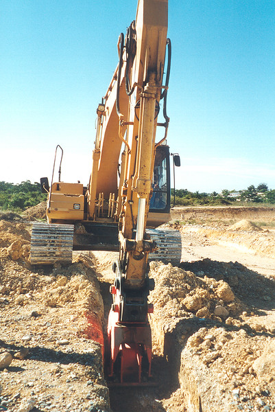 NPK C6C compactor on excavator-trenching (4).jpg