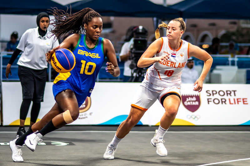 Brasil and Netherlands in action during day one of the International 3x3 Basketball Tournament during the 1st ANOC World Beach Games at Katara on October 13, 2019 in Doha, Qatar. Photo by Tom Kirkwood/SportDXB
