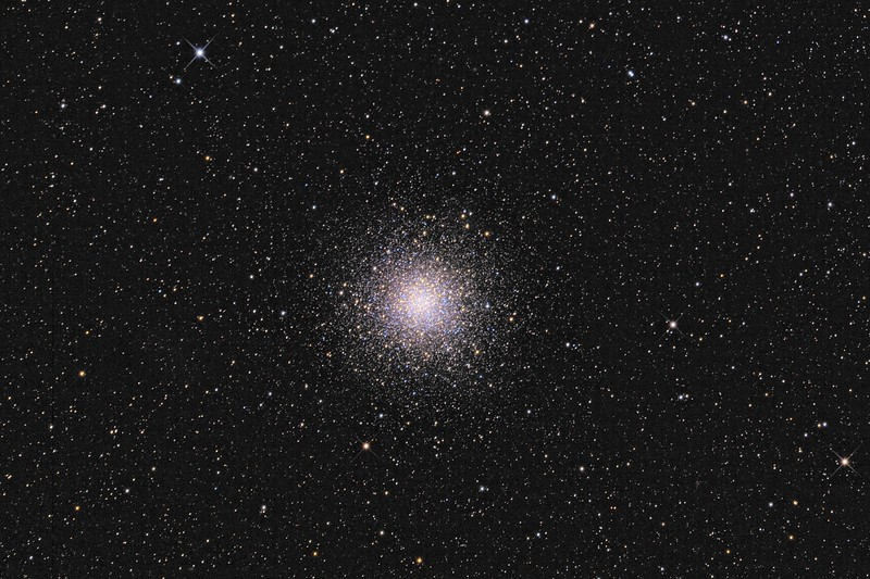 NGC 5139 Credit: Francis Longstaff