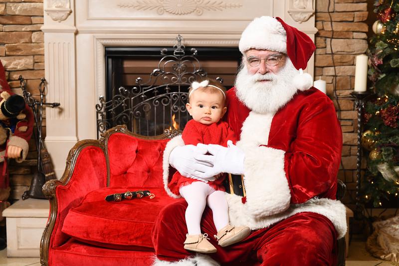 Santa2018.TylerBoye.-213.jpg