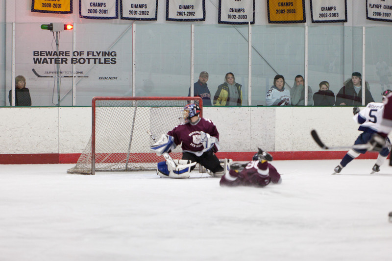 20110224_UHS_Hockey_Semi-Finals_2011_0373.jpg