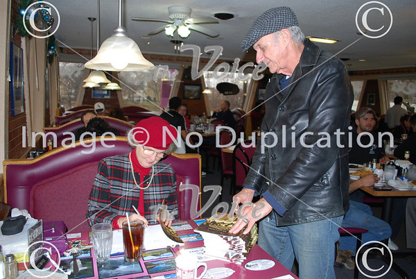"""Author Jo Fredell Higgins """"Montgomery"""" book signing at Riverview Cafe in Montgomery, IL 12-3-11"""