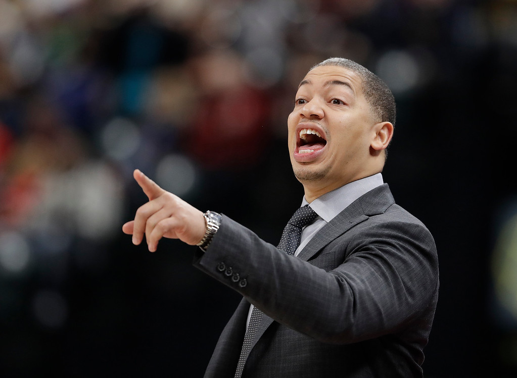 . Cleveland Cavaliers coach Tyronn Lue shouts instructions during the second half of the team\'s NBA basketball game against the Indiana Pacers, Friday, Dec. 8, 2017, in Indianapolis. The Pacers won 106-102. (AP Photo/Darron Cummings)