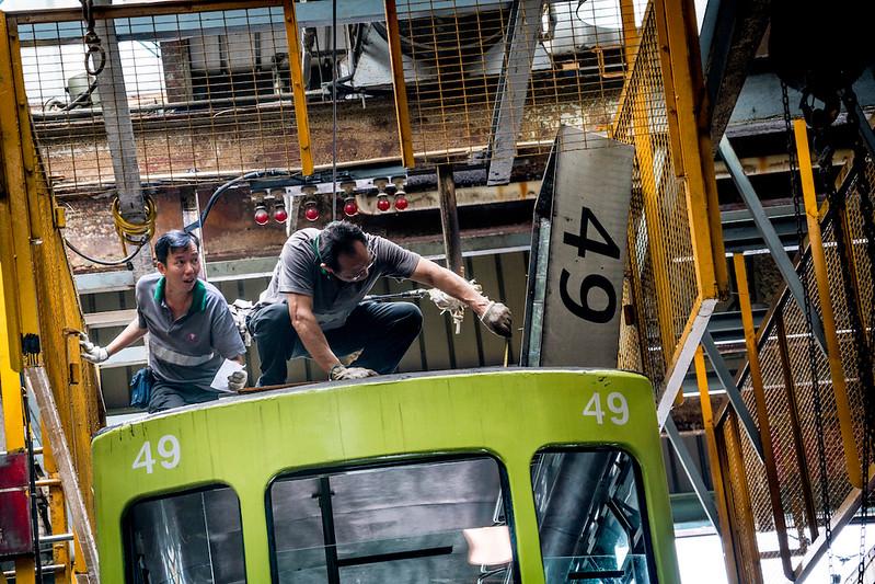 hk trams16.jpg