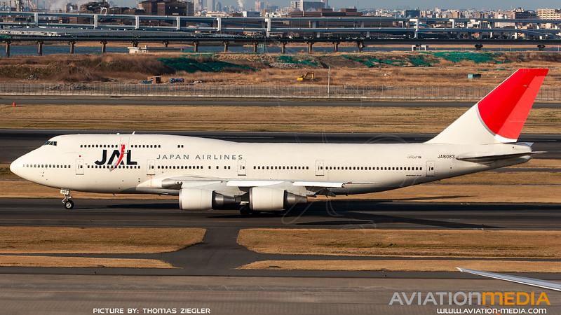 JA8083_JapanAirlines_B747-446(D).jpg