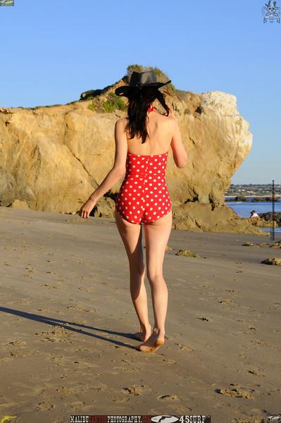 matador swimsuit malibu model 1004.00.jpg
