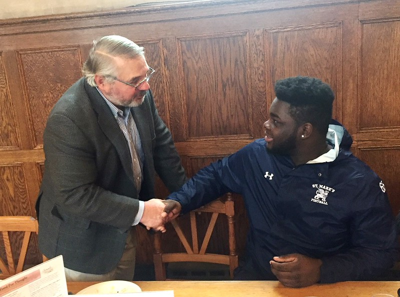 Brantwood Board President Bill Gurney welcomes Tyreese James '18