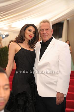 Claudia Asatrian and Steven Tisch photo by Rob Rich © 2014 robwayne1@aol.com 516-676-3939