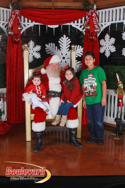 Santa 12-17-16-487.jpg