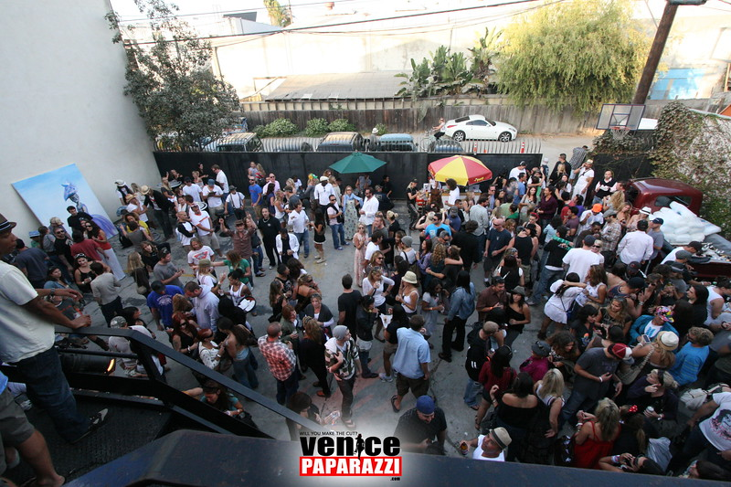 2.  Party at Stronghold 1625 Abbot Kinney Blvd. Venice, CA 90291. Phone (327).JPG