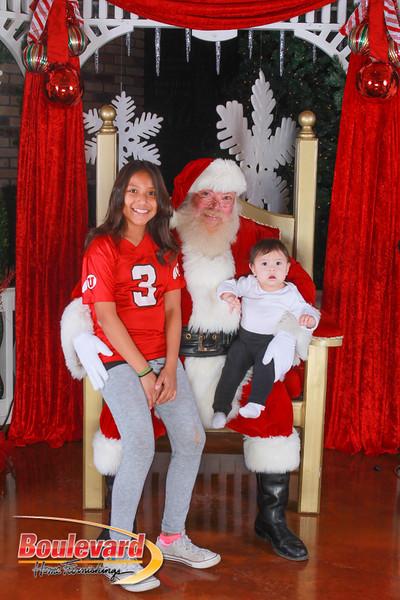 Santa 12-10-16-398.jpg