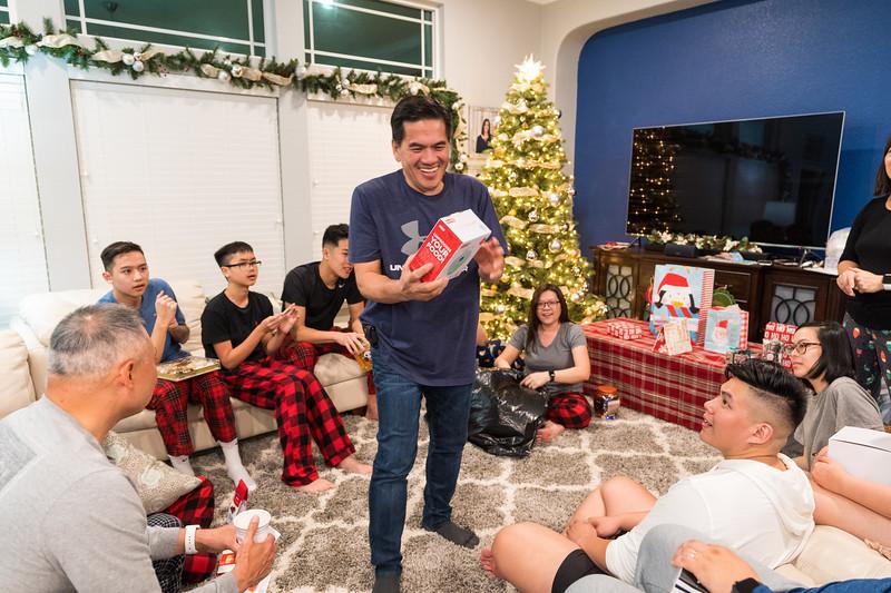 20191225_christmas-ho-family_048.jpg