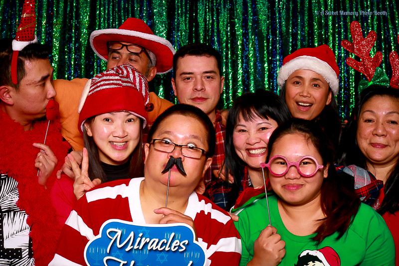 Medtronic Holiday Party -453.jpg