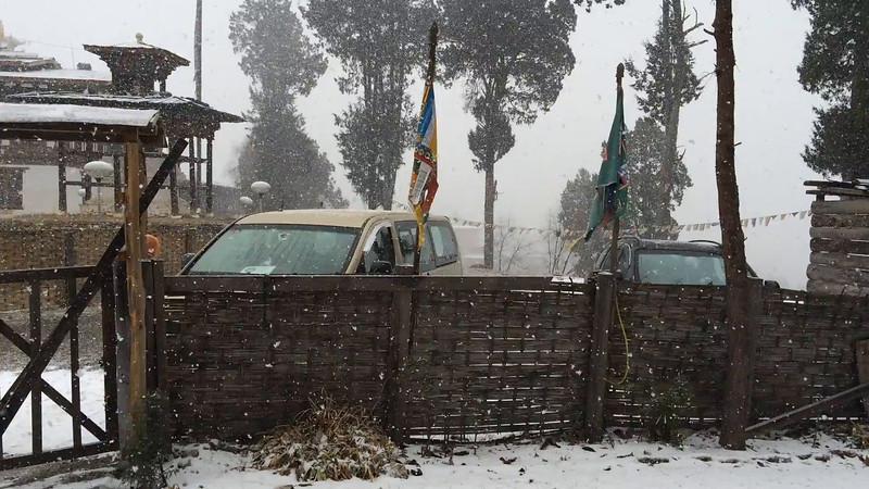 Snowfall-Popjika-Valley-1.MOV