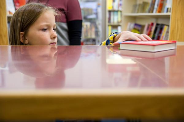 TR Elementary giving Books