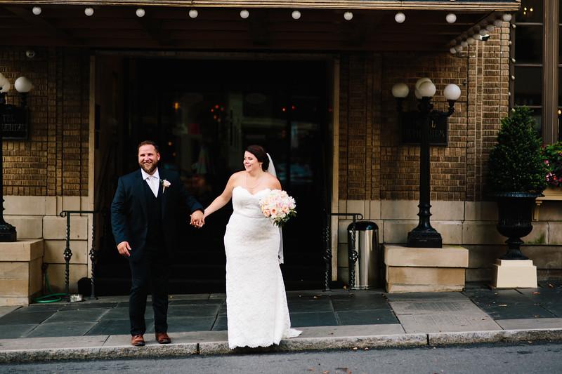 Kimberley_and_greg_bethehem_hotel_wedding_image-711.jpg