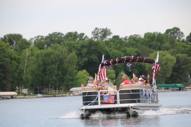 2019 4th of July Boat Parade  (8).JPG