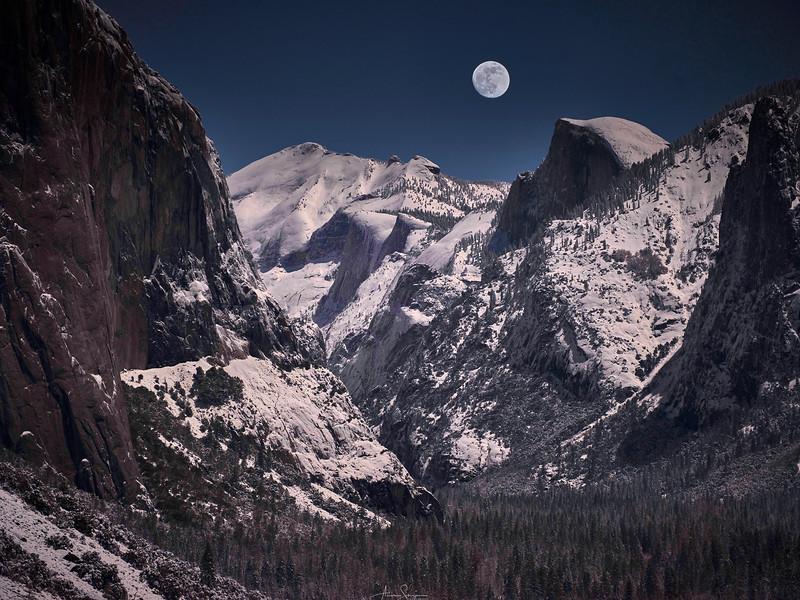 Moonrise Over Half Dome, Yosemite NP 1.jpg