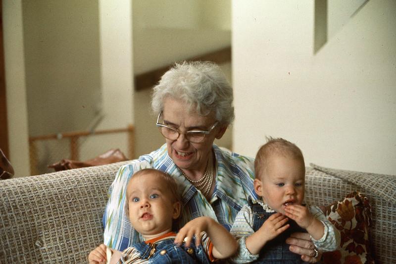 1978-07 Gramma Lou, Nicole & Jennie.jpg