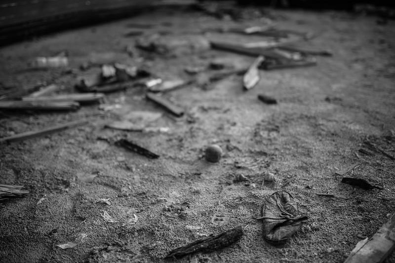 oggetti caduti a terra dalle barche