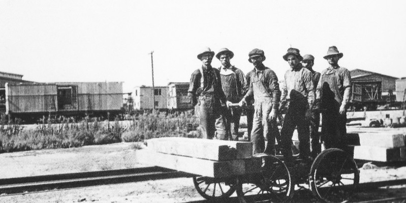 Mexican Rail Workers