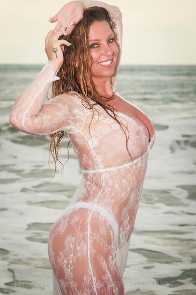 '18 Tinkerbelle: Playa Linda in White