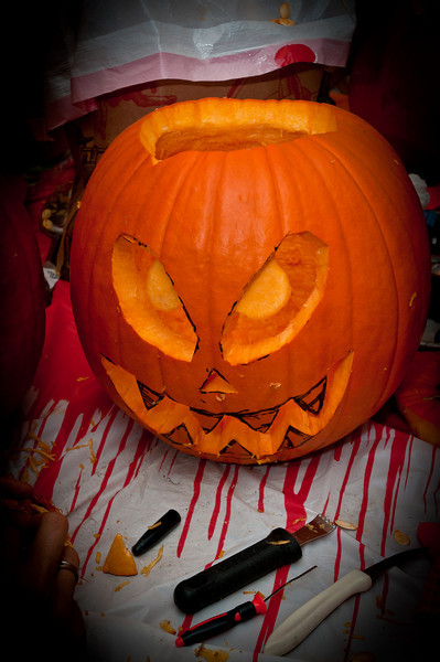 This pumpkin is bleeding blood -- it's so scary!
