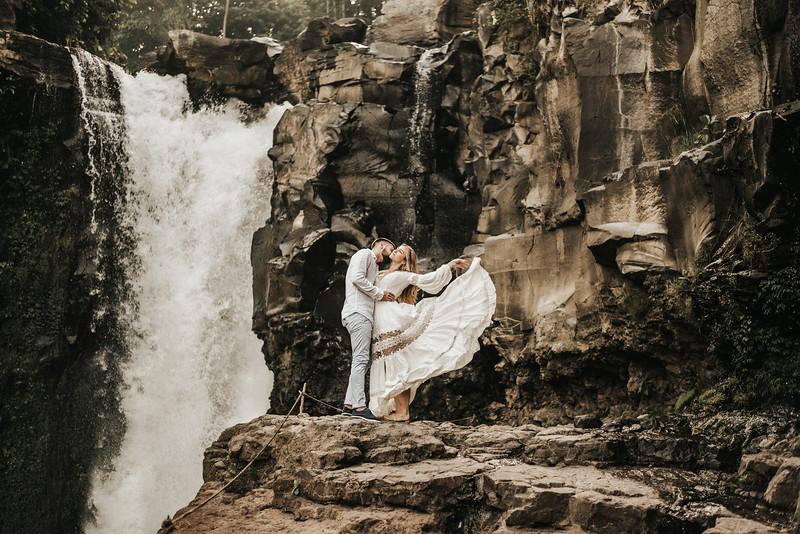 Victoria&Ivan_eleopement_Bali_20190426_190426-27.jpg