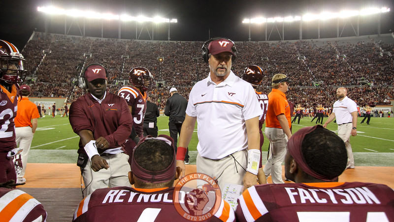 Virginia Tech defensive coordinator Bud Foster speaks to his players. (Mark Umansky/TheKeyPlay.com)