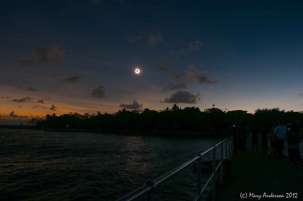 Total Solar Eclipse from Green Island 11/14/12