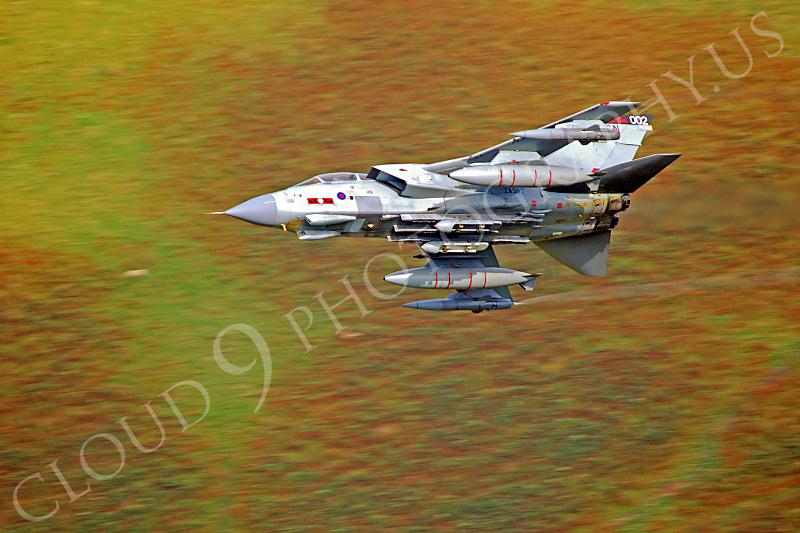 Panavia Tornado 00168 Panavia Tornado British RAF ZA367 by Alasdair MacPhail.JPG