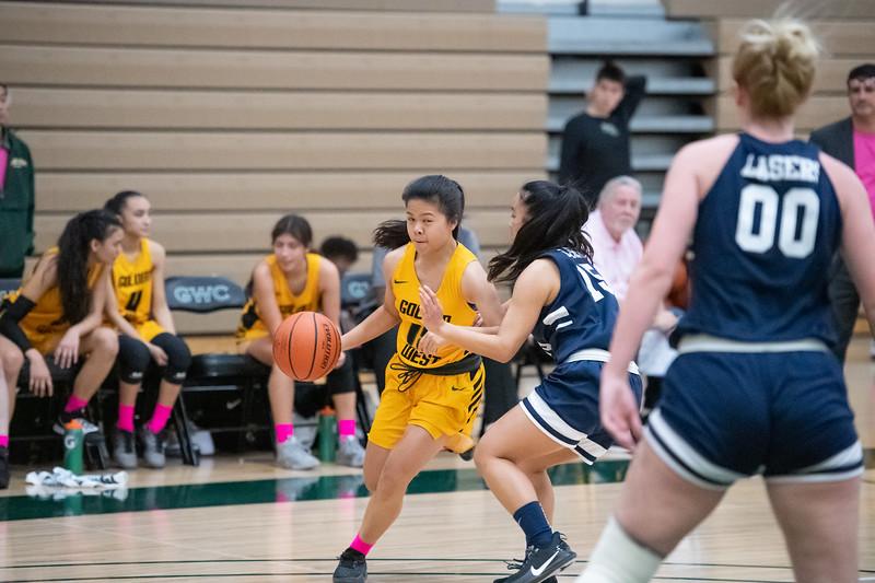 Basketball-W-2020-01-31-7911.jpg