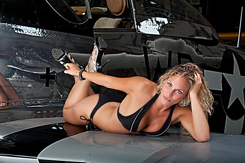 Lynn Bk Bikini Wing_2727.jpg