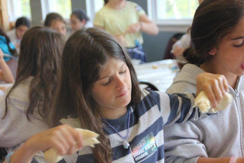 kars4kids_thezone_camp_girlsDivsion_activities_baking (40).JPG