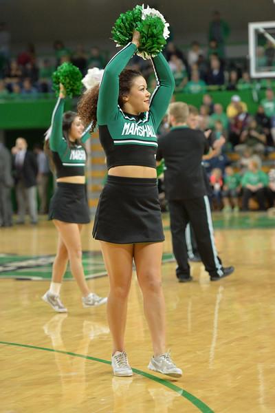 cheerleaders2381.jpg