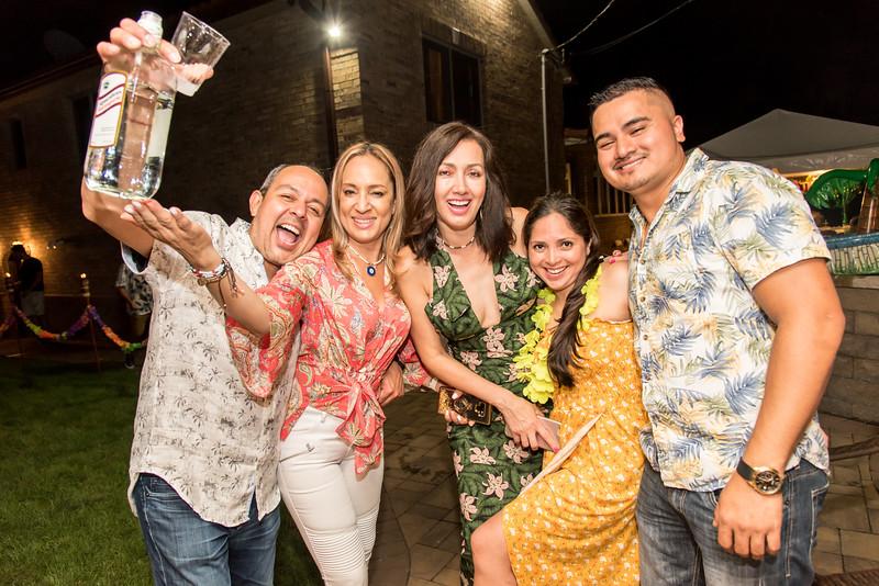 Aloha Birthday Party Cesar LumoBox-185.jpg