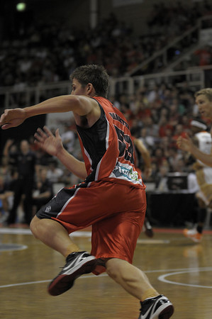 Perth Wildcats vs Cairns Taipans 14/11/2009