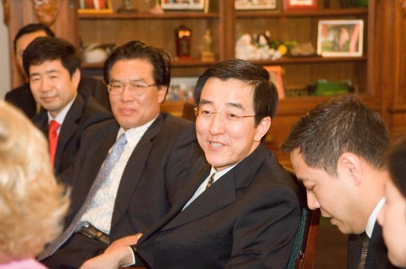2007_china_delegation_statehouse_tour_lt_gov_0236.JPG