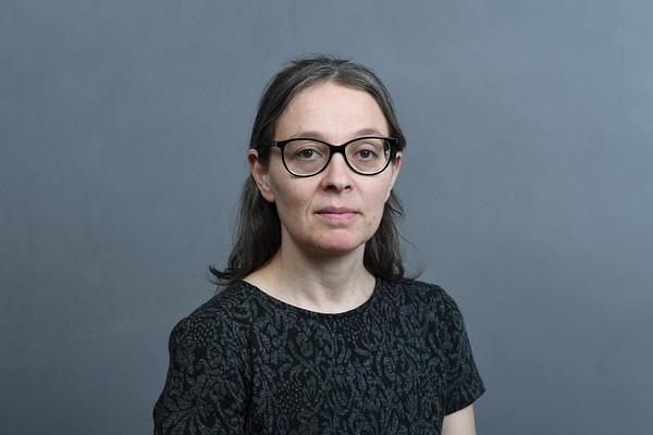 39. Laura Vesnikoff