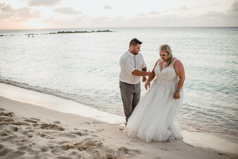 Requiem Images - Aruba Riu Palace Caribbean - Luxury Destination Wedding Photographer - Day after - Megan Aaron -2.jpg