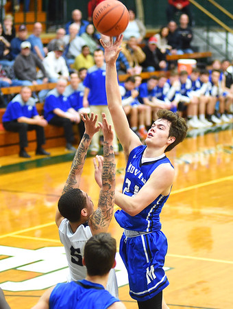 Lorain outlasts Midview to advance to district finals